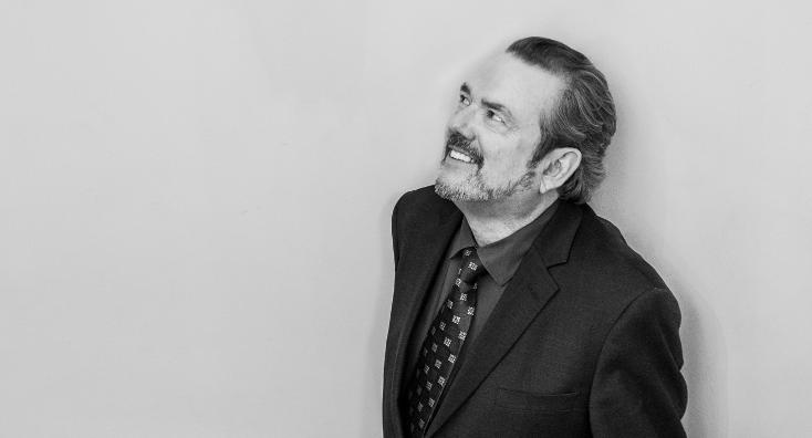 Black and white image of Jimmy Webb
